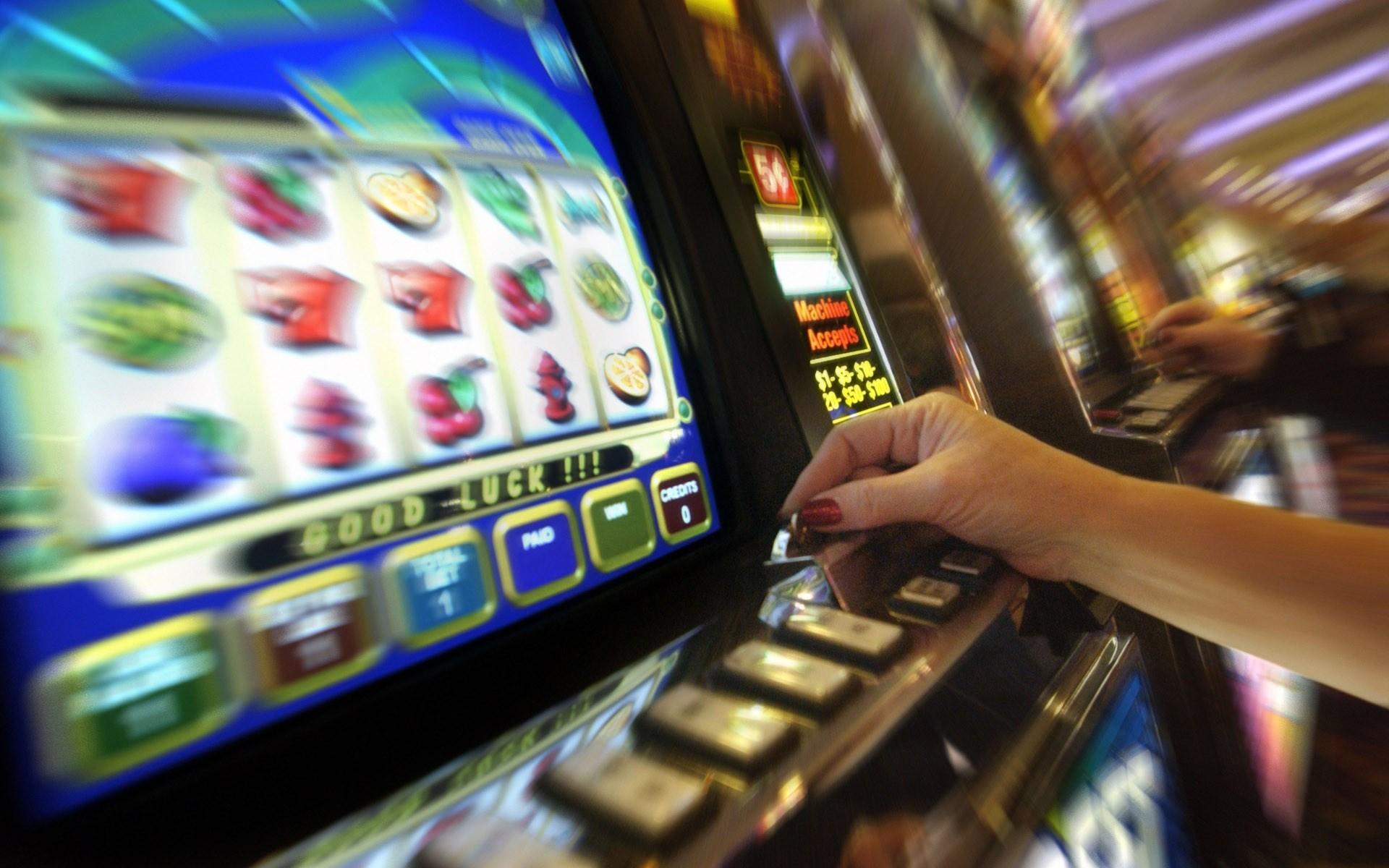 Corso per esercenti ed operatori nei locali con apparecchiature per il gioco d'azzardo lecito